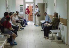 Коммерсантъ: Дефицита лекарств не возникнет
