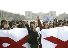 В Кыргызстане обсуждают новые подходы в противодействии эпидемиям ВИЧ и туберкулеза
