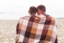 """""""Я ВИЧ-положительный, он ВИЧ-отрицательный"""". Вышла брошюра с советами для дискордантных пар"""