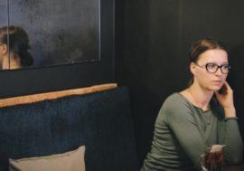 """""""Мой партнер не верил в болезнь"""". Интервью Марии Наумовой с ВИЧ-инфицированной Гинтой"""