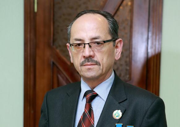 Нурмат Атабеков, директор Республиканского центра по борьбе со СПИДом