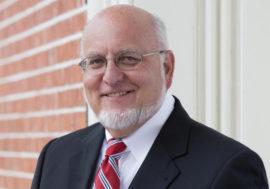 Исследователь ВИЧ/СПИДа Роберт Редфилд – новый руководитель CDC