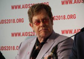 Элтон Джон выступил против дискриминационной политики РФ относительно ЛГБТ и ЛЖВ