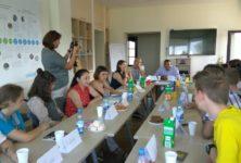 ВИЧ-позитивные подростки из Беларуси встретились с представителем ЮНИСЕФ