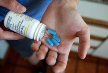 В Латвии отменяют все ограничения в лечении ЛЖВ