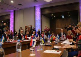 Страны ВЕЦА подписали заявление о консолидации усилий в борьбе с ВИЧ