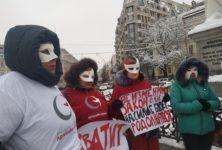 Полицейские в Украине используют презерватив как доказательство причастности к секс-работникам