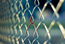Вышел аналитический отчет о легализации мигрантов с ВИЧ