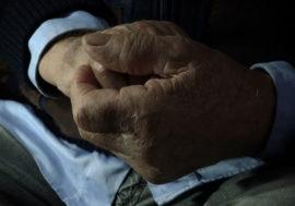 Старейший человек с ВИЧ отпраздновал 100 лет